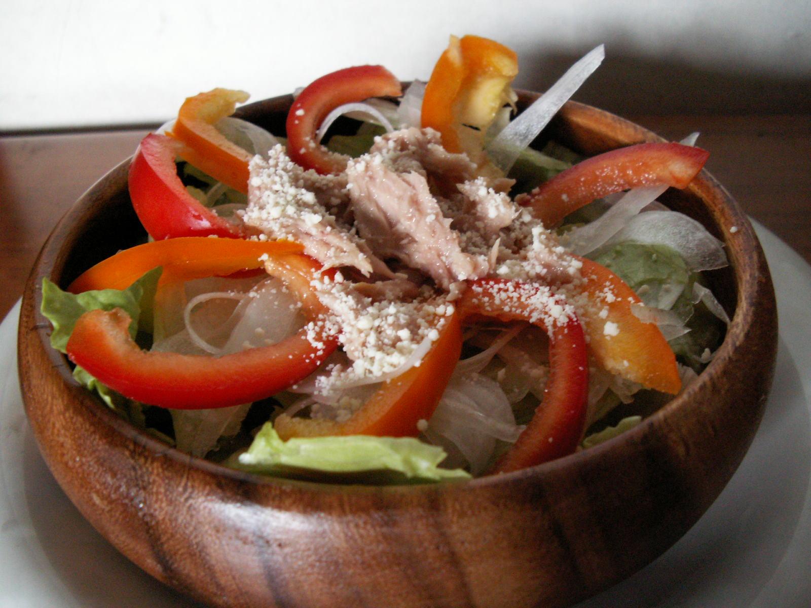 トマピサラダ